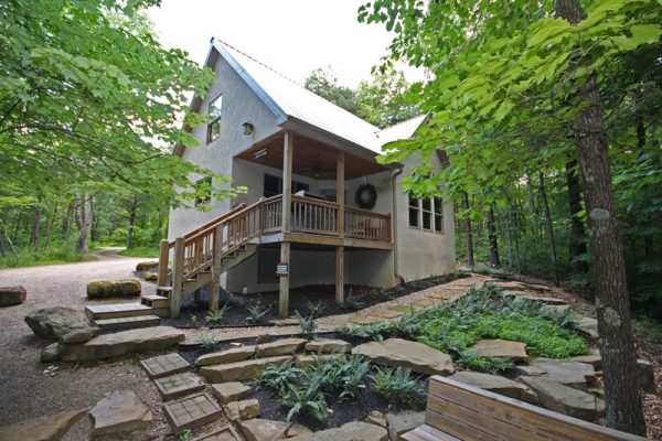 Cherry Ridge of Hocking Hills Oak Ridge luxury cabin