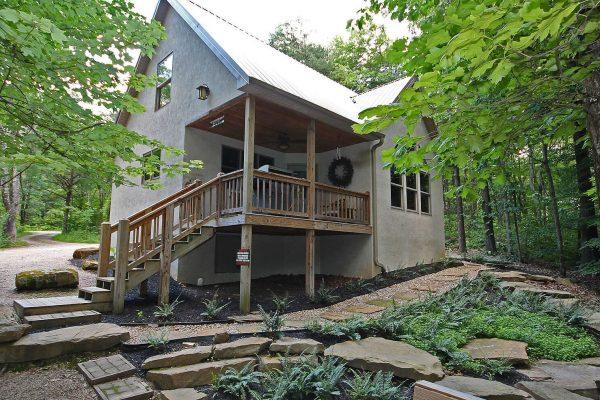 Oak Ridge - A Oak Ridge - A Romantic Cabin in Hocking Hills Ohio Cabin in Hocking Hills Ohio Fire Exterior