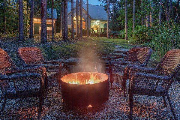 Waters Edge Luxury Cabin in Hocking Hills Fire Pit