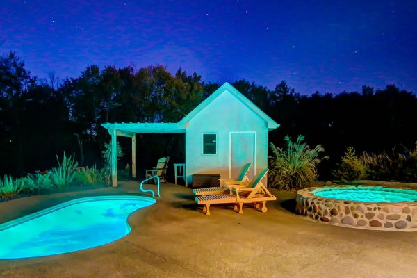 The Observatory Hocking Hills Cabin Hot Tub & Pool