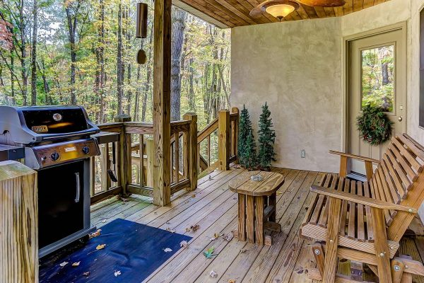 Whispering Pines Hocking Hills Cabin Deck