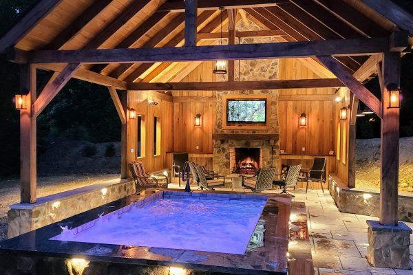 Plunge Pool at Lake House